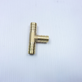 Тройник латунный на трубку 12 мм